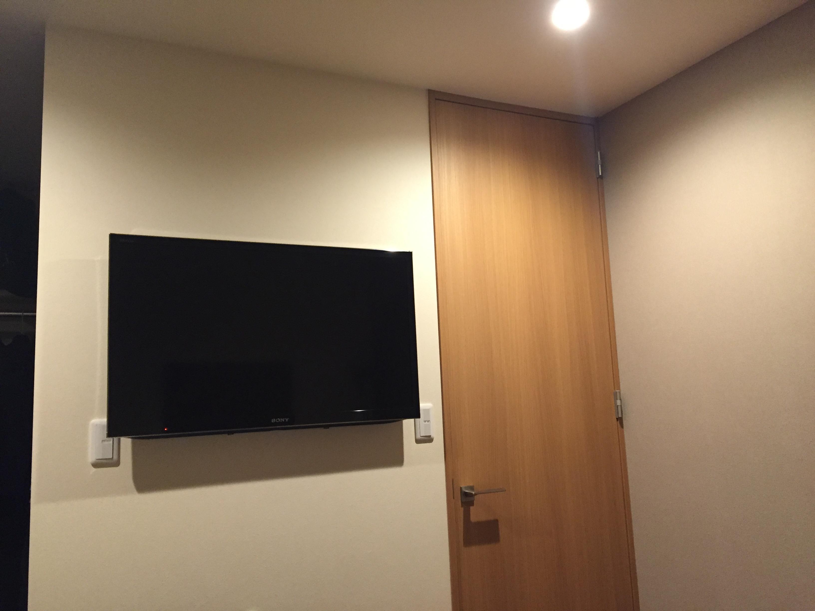 壁掛けテレビ画像